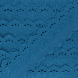 55 mm English Embroidery - duck blue Lucine x 1m