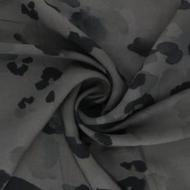 Tissu sergé de viscose Ink stains - kaki x 10cm