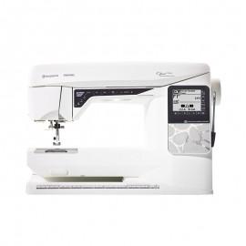 Husqvarna Viking OPAL™ 690Q computerized sewing machine