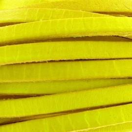 Cuir plat jaune fluo par 50 cm