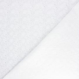 Tissu voile de coton broderie anglaise Swinton - écru x 10cm