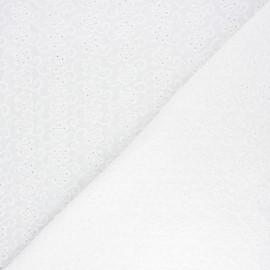 Tissu voile de coton broderie anglaise Ivy - écru x 10cm