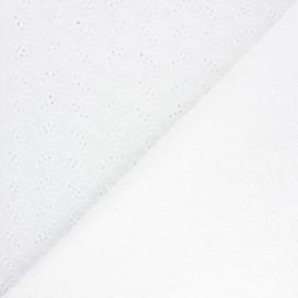 Tissu voile de coton broderie anglaise Bredbury - écru x 10cm