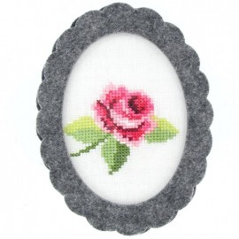 Oval-shaped felt frame - grey