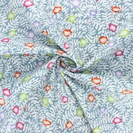 Kaffe Fassett cotton poplin fabric - white Moss flower x 10cm