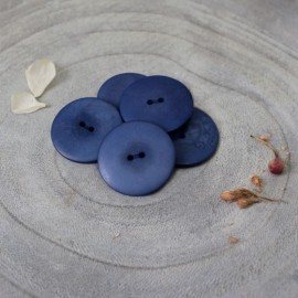 Palm Corozo Button - Midnight Atelier Brunette