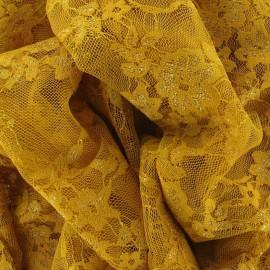 Tissu Dentelle Fleurie ocre jaune x 10cm