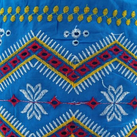 Fabric coton brodé Tzigane bleu paon x 10cm