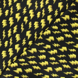 Tissu coton Heroes wear masks - Lightning bolts - jaune x 10 cm