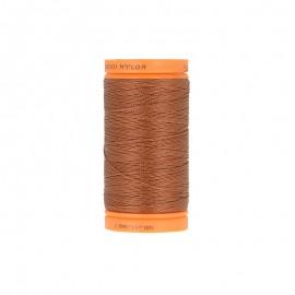 Bobine de fil à coudre nylon plein air 135m - N°850 - marron cannelle