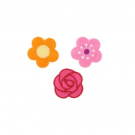 Embroidered iron-on patch Petites fleurs (Pack of 3)