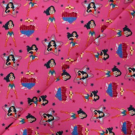 Tissu coton Camelot Fabrics Wonder woman Take a stand - rose x 10cm