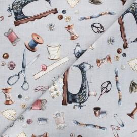 Tissu toile de coton Poppy Vintage sewing kit - gris clair x 10cm