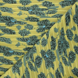 Pleated polyester fabric - green Chantal x 10cm