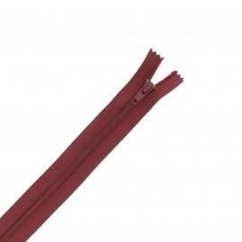 Nylon zipper - plum red