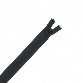 Nylon zipper - black