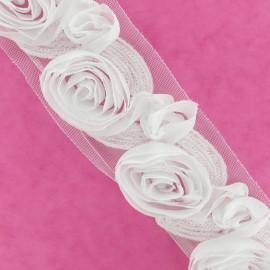 Galon Fleuri brodé blanc x 50 cm