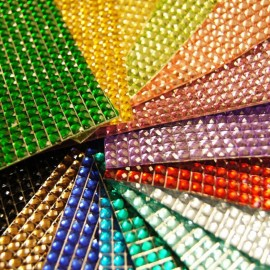 Plate of large-sized rhinestones - 6 colors to choose