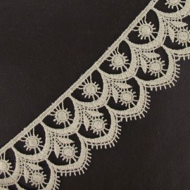 Guipure lace, Flowered 41 mm - beige