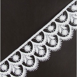 Guipure lace, Flowered 41 mm - white