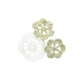 Crochet Flowers (1 pack of 6) - white/beige
