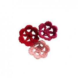 Crochet Flowers (1 pack of 9) - red