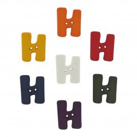 Button, Letter H