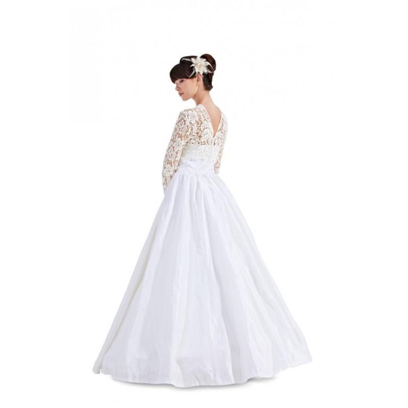 Patron burda patron robe de mariee burda n7086 patron for Patron de robe de mariée
