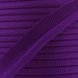 Galon dépassant violet