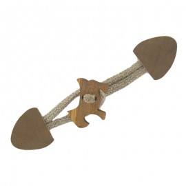 Toggle duffle fastener with a wooden doggy button - brown