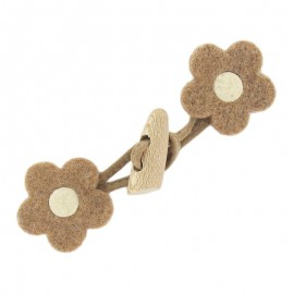 Felt-fabric Toggle duffle fastener, flower - light brown