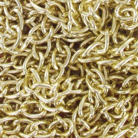 Metal chain, 18 mm link size - golden