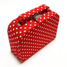 Petite boîte à couture en tissu rouge
