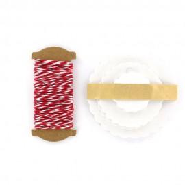 Etiquettes cadeaux rosaces blanches