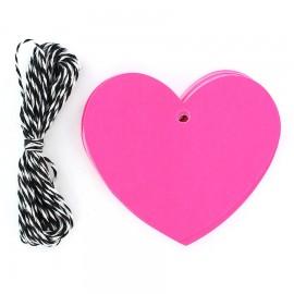 Etiquettes cadeaux coeur rose fluo