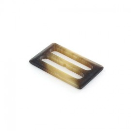 Boucle plastique opaque aspect corne