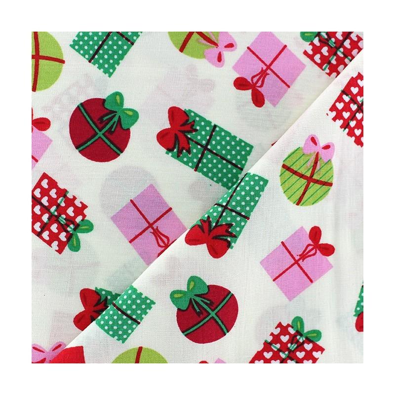 tissus pas cher 100 coton tissu no l cadeaux boules fond blanc. Black Bedroom Furniture Sets. Home Design Ideas