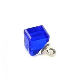 Bouton polyester Cube translucide bleu roy