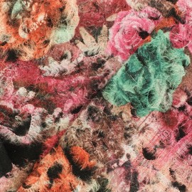 Embroidered flowered wool fabric x 10cm