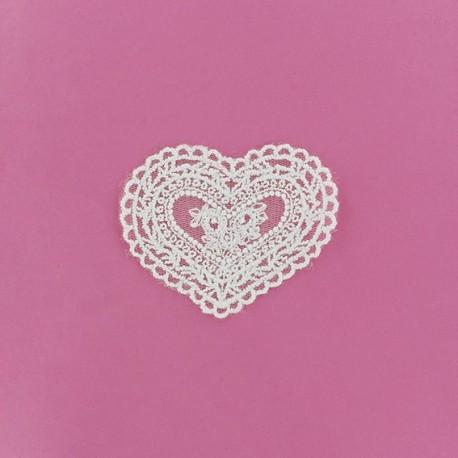 Lace heart Laurette iron-on applique - white