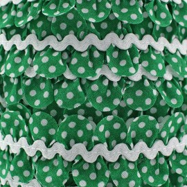 Fantasy serpentine with white polka dots - green