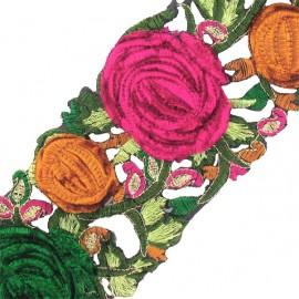 Guipure India Roses velours rose / vert x 50cm