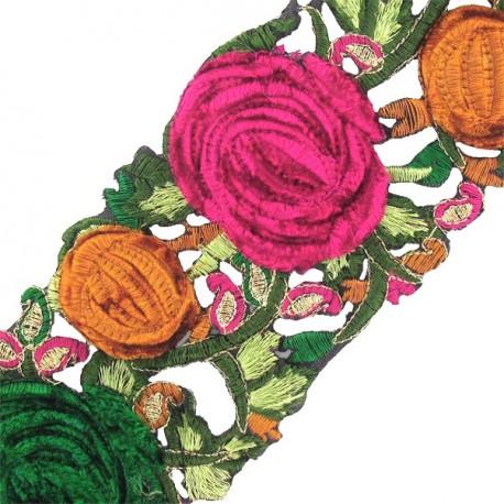 Guipure India Roses velours vert x 50cm