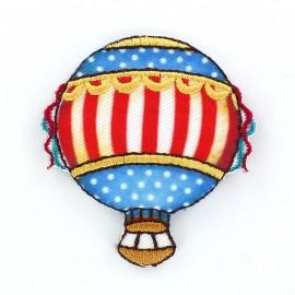 Hot-air ballon A iron-on applique - blue/red