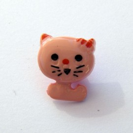 Cat-shaped button - pink