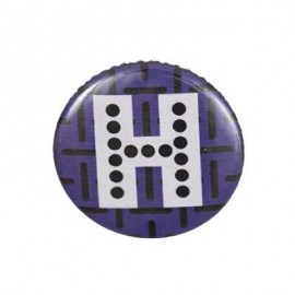 "Fantasy Pin-on button badge Alphabet ""letter H"" - purple"
