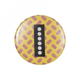 "Fantasy Pin-on button badge Alphabet ""letter I"" - yellow"