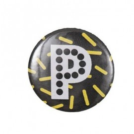 "Fantasy Pin-on button badge Alphabet ""letter P"" - black"