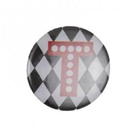 Badge alphabet fantaisie T