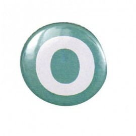"Two-tone Pin-on button badge Alphabet ""letter O"" - turquoise"